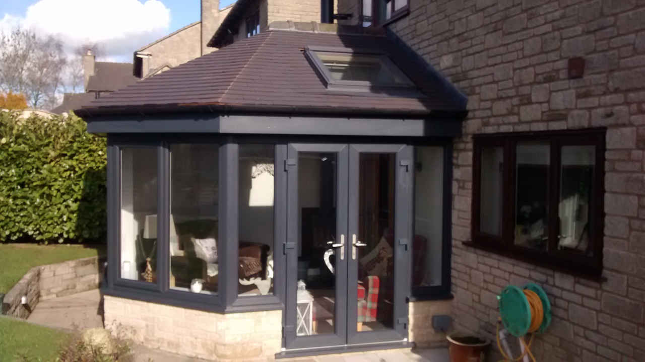 Garden rooms sun lounges for Outdoor patio extensions